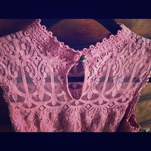 Highneck lacey blouse